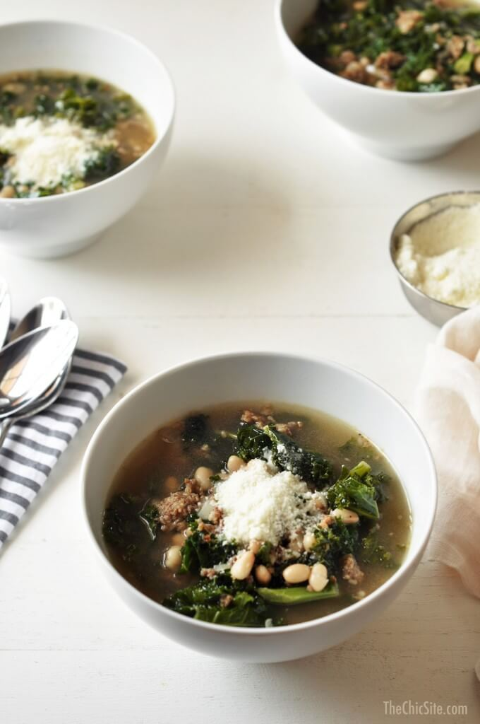 kale-soup-in-slow-cooker-680x1024