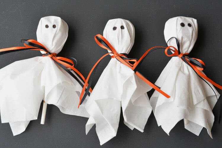 12 diy halloween goodie bag ideas