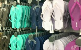 Old Navy Cardholders $1 Flip Flop Sale Starts May 25th!