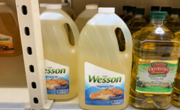 Wesson Vegetable, Corn or Canola Oil  Gallon Jug only $3.99  at ShopRite!| Just Use Your Phone