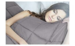 """Rollback on NEX Weighted Blankets - Charcoal (40"""" x 60"""", 10 lbs) $24.99 (Reg. $57.99)"""