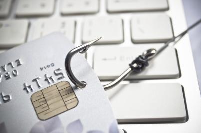 Credit-card-hook_29-Dec-2014